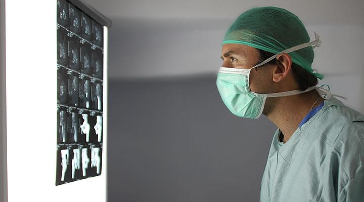 Doctor Alvaro Morales Villaescusa